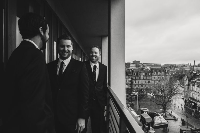 HayleyRyan_EdinburghCastleWedding_ZoeCampbellPhotography_0009