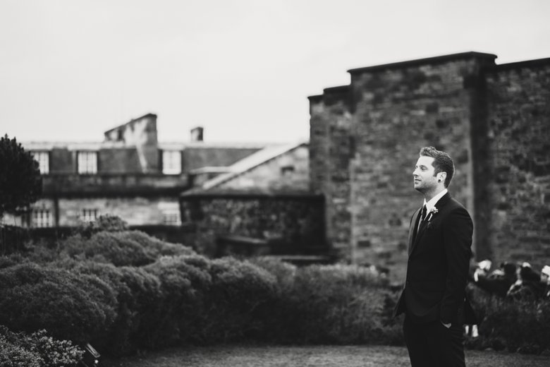 HayleyRyan_EdinburghCastleWedding_ZoeCampbellPhotography_0023