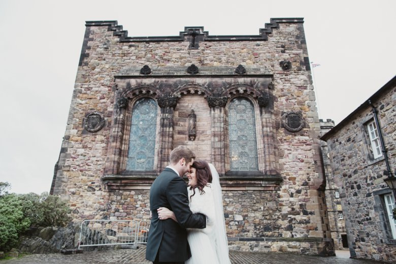 HayleyRyan_EdinburghCastleWedding_ZoeCampbellPhotography_0032