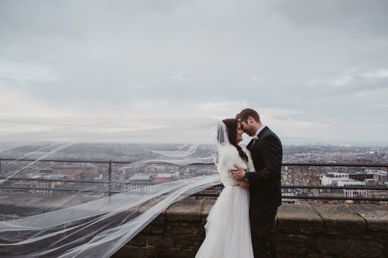 HayleyRyan_EdinburghCastleWedding_ZoeCampbellPhotography_0033