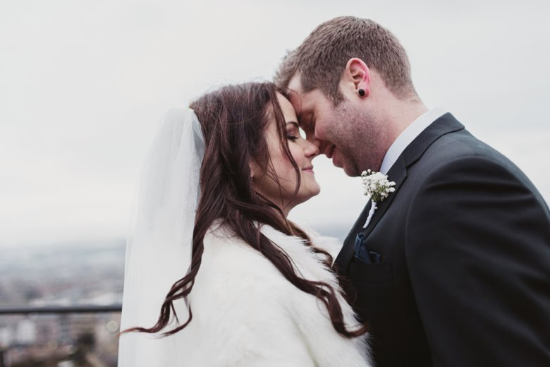 HayleyRyan_EdinburghCastleWedding_ZoeCampbellPhotography_0034