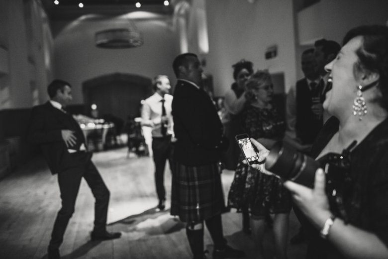 HayleyRyan_EdinburghCastleWedding_ZoeCampbellPhotography_0090