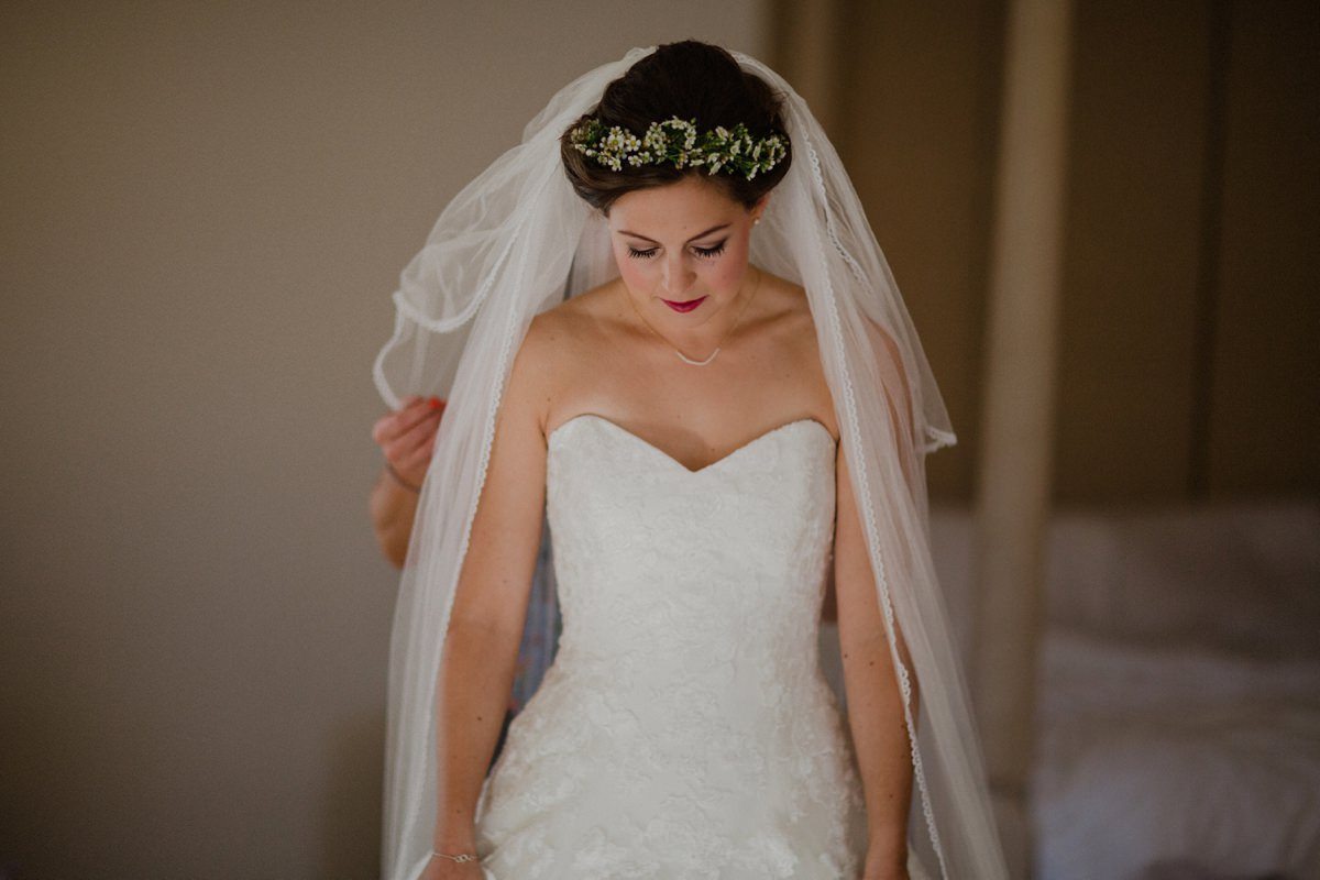 Bride getting her veil on at Achnagairn house