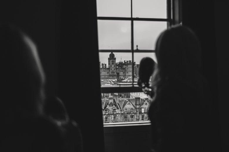 HayleyRyan_EdinburghCastleWedding_ZoeCampbellPhotography_0003