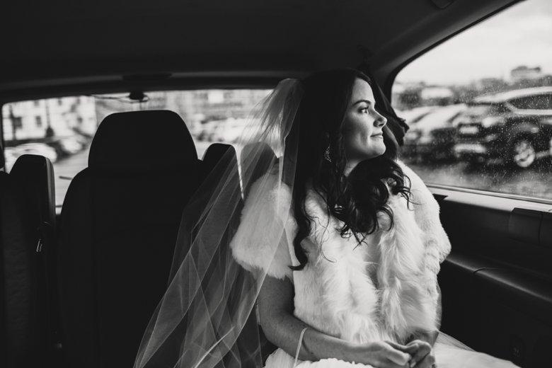 HayleyRyan_EdinburghCastleWedding_ZoeCampbellPhotography_0021