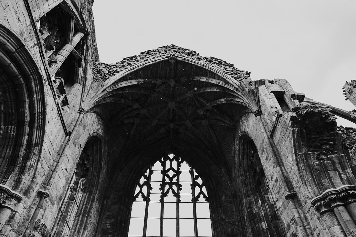 beautiful ruins of melrose abbey