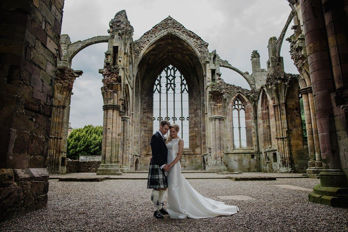 melrose abbey wedding bride and groom photos