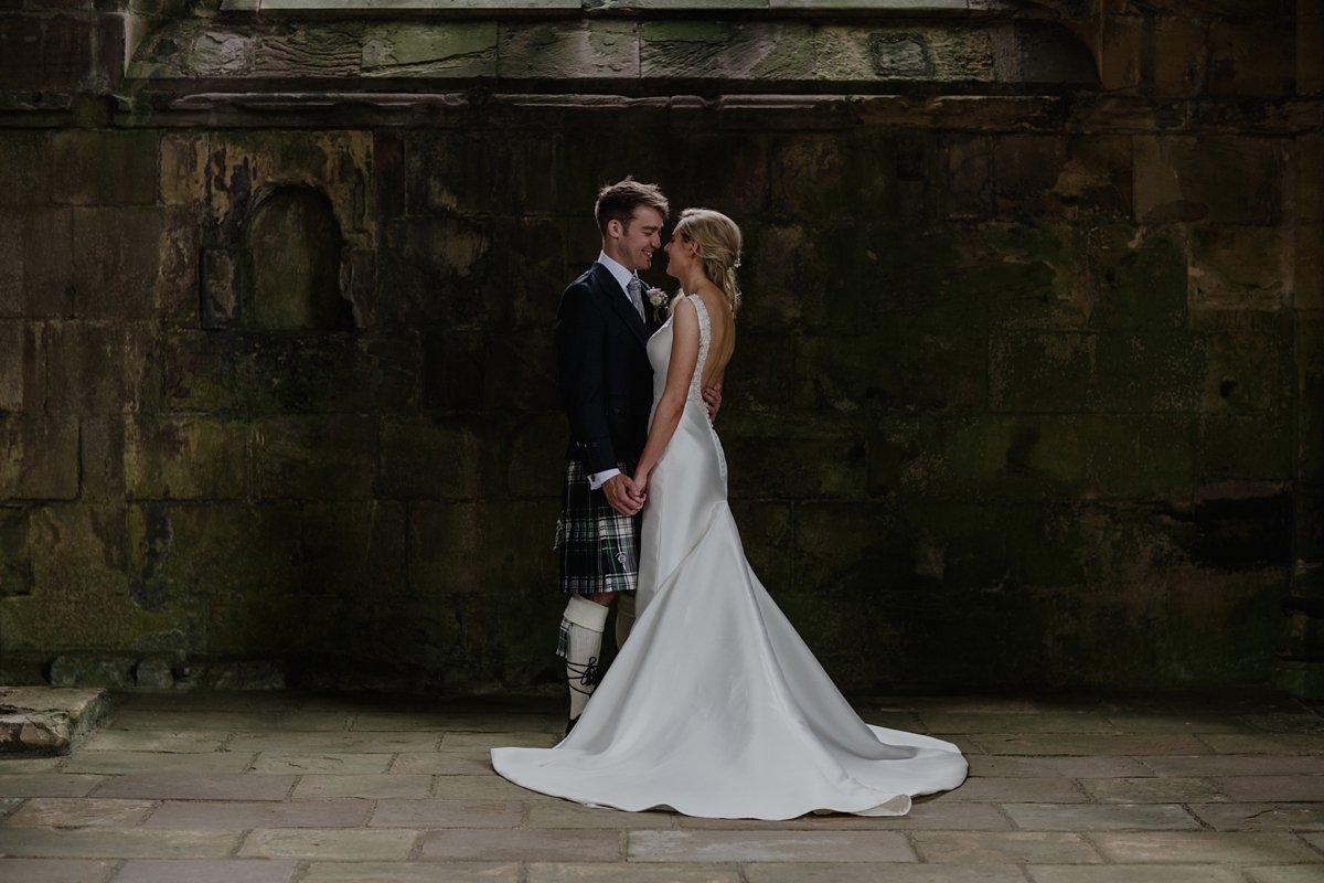 bride and groom photos melrose abbey wedding
