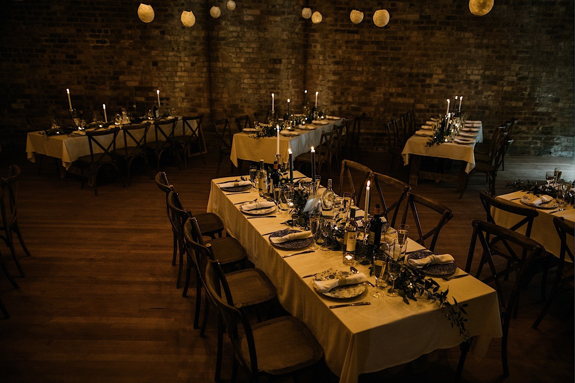 set tables candlelit Wedding meal Rhynd at the for
