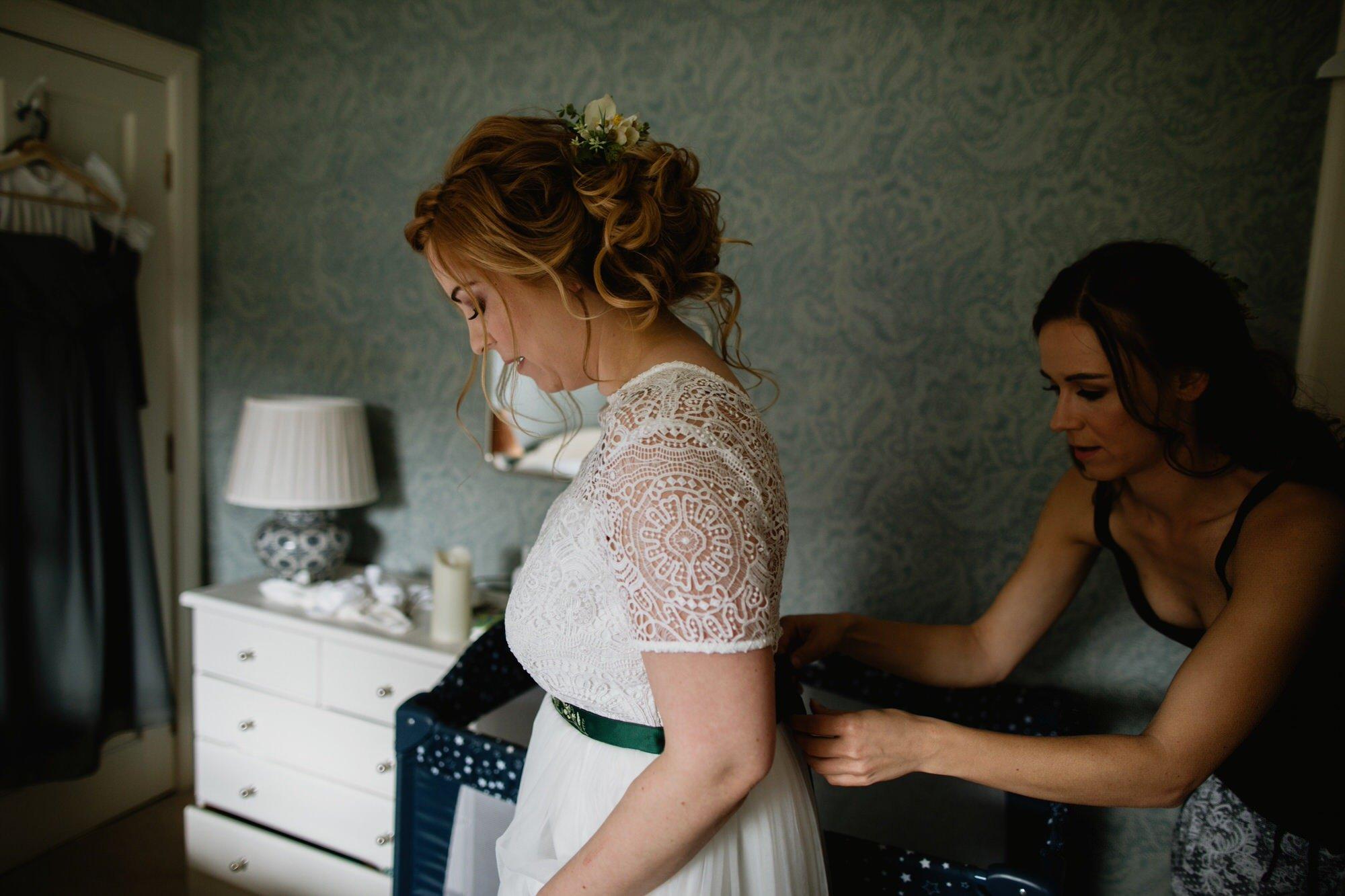 006 TIN SHED KNOCKRAICH WEDDING AUSTRIAN SCOTTISH ZOE ALEXANDRA PHOTOGRAPHY