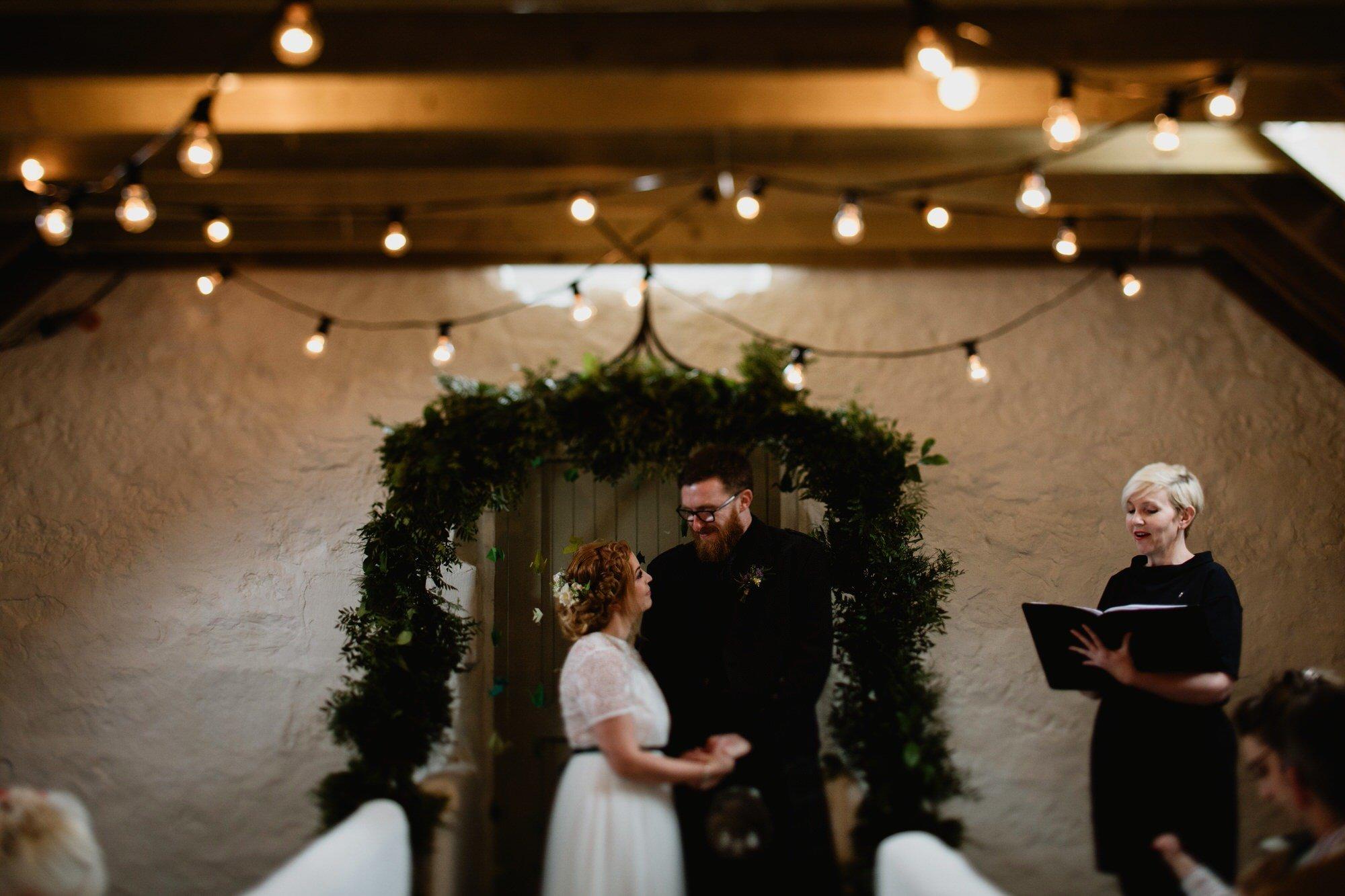024 STONE BOTHY CEREMONY TIN SHED KNOCKRAICH WEDDING AUSTRIAN SCOTTISH ZOE ALEXANDRA PHOTOGRAPHY