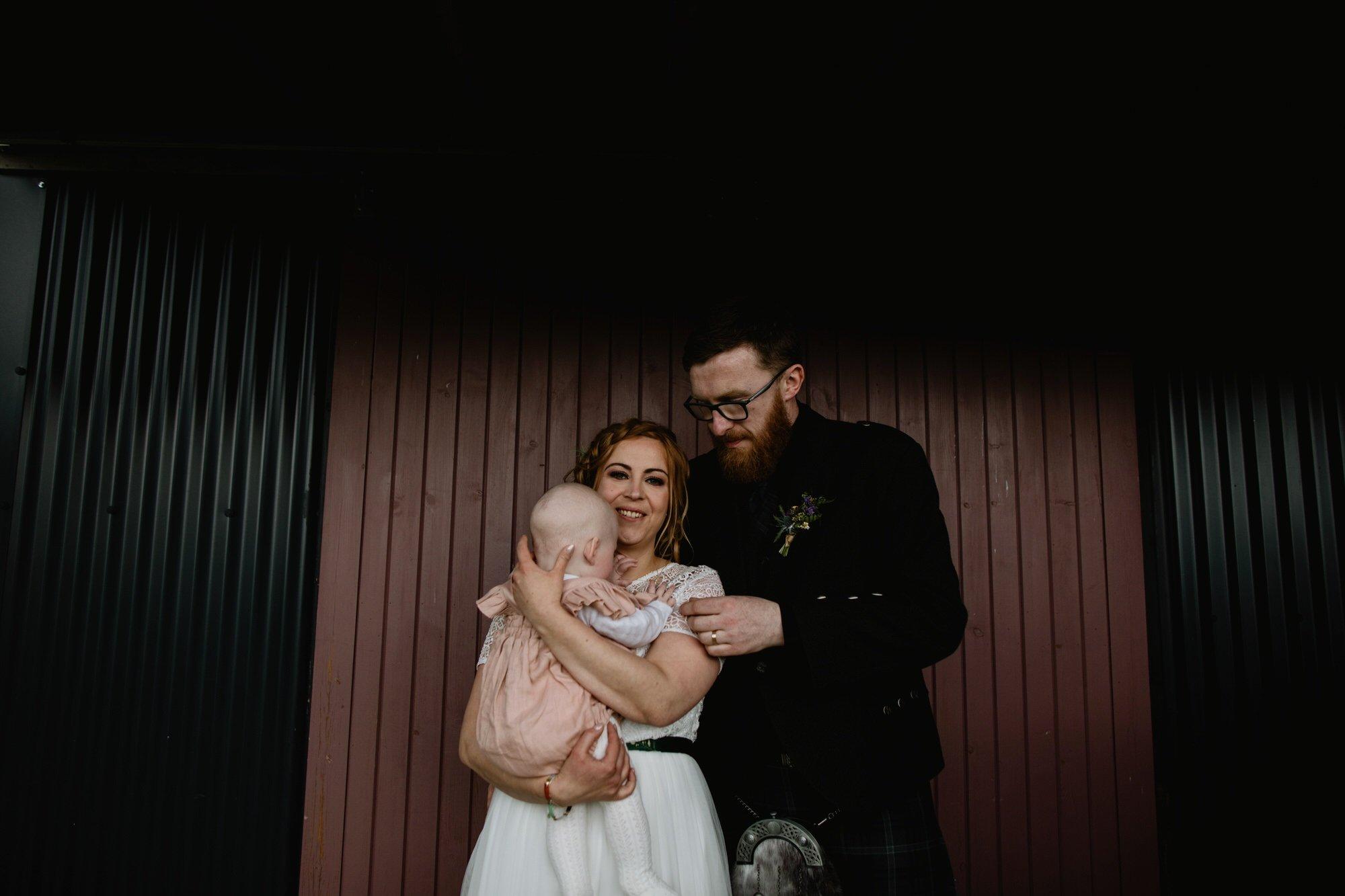 040 TIN SHED KNOCKRAICH WEDDING AUSTRIAN SCOTTISH ZOE ALEXANDRA PHOTOGRAPHY