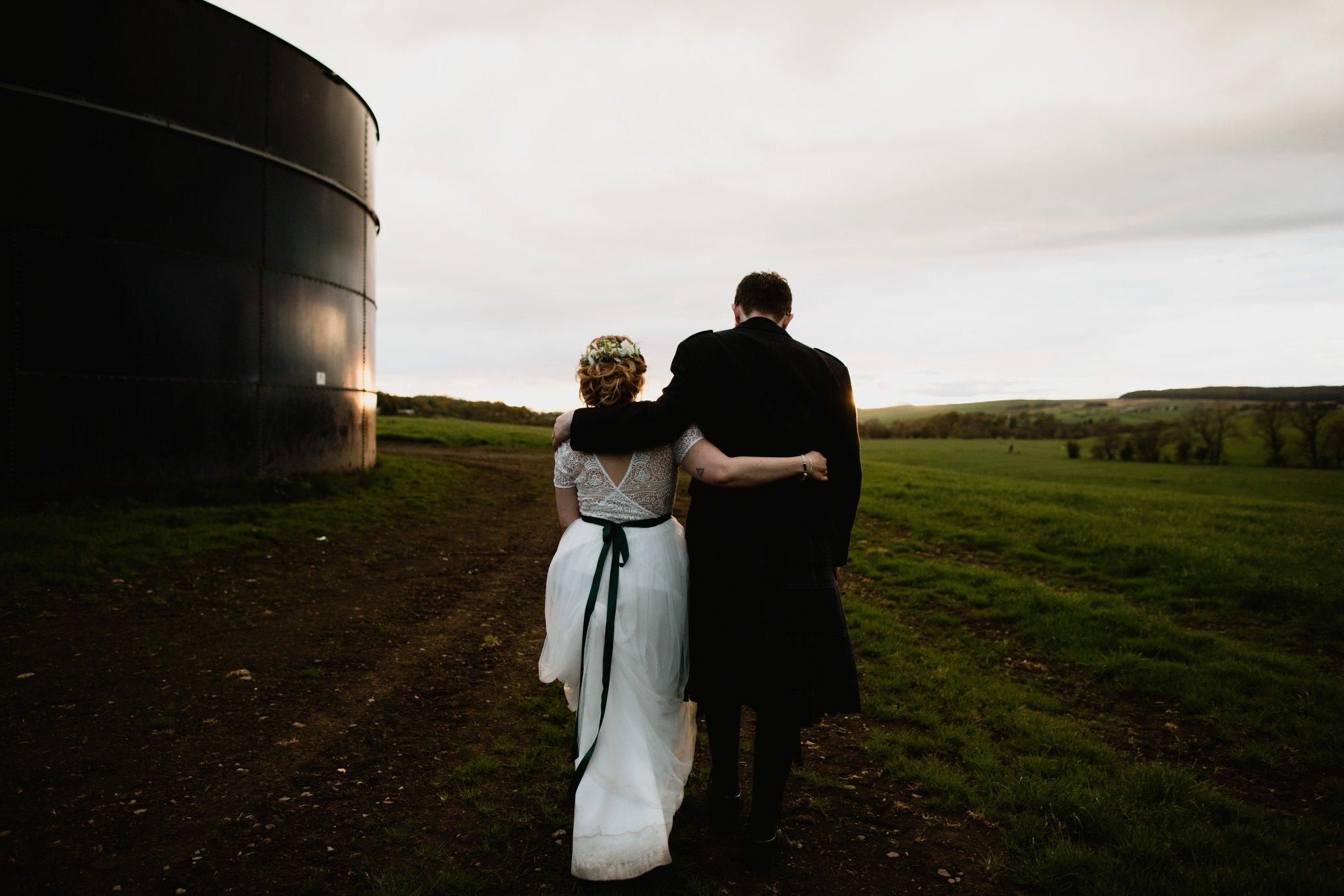 067 TIN SHED KNOCKRAICH WEDDING AUSTRIAN SCOTTISH ZOE ALEXANDRA PHOTOGRAPHY
