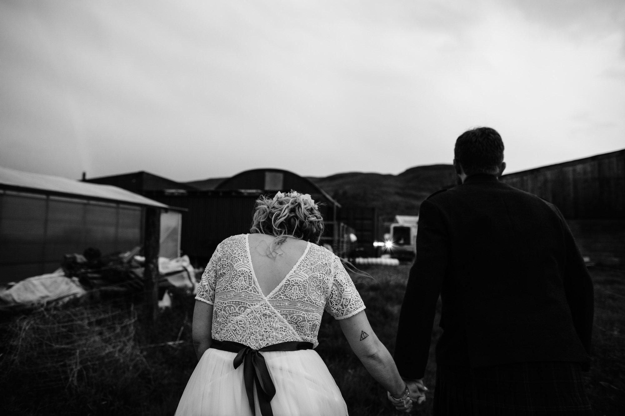 074 TIN SHED KNOCKRAICH WEDDING AUSTRIAN SCOTTISH ZOE ALEXANDRA PHOTOGRAPHY