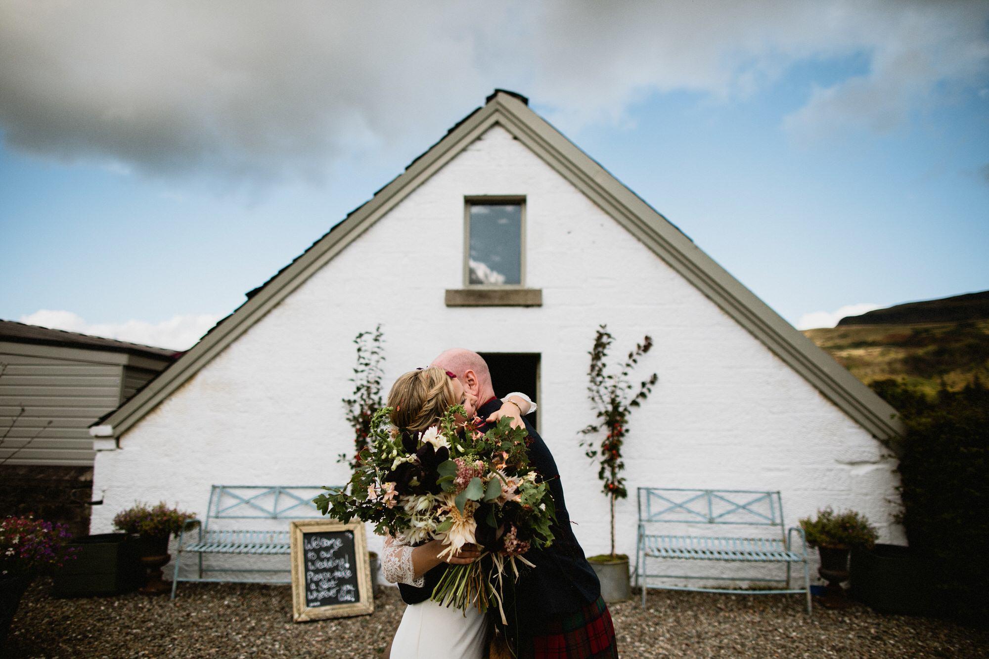 024 STONE BOTHY JUST MARRIED TIN SHED KNOCKRAICH WEDDING AUTUMN ZOE ALEXANDRA PHOTOGRAPHY