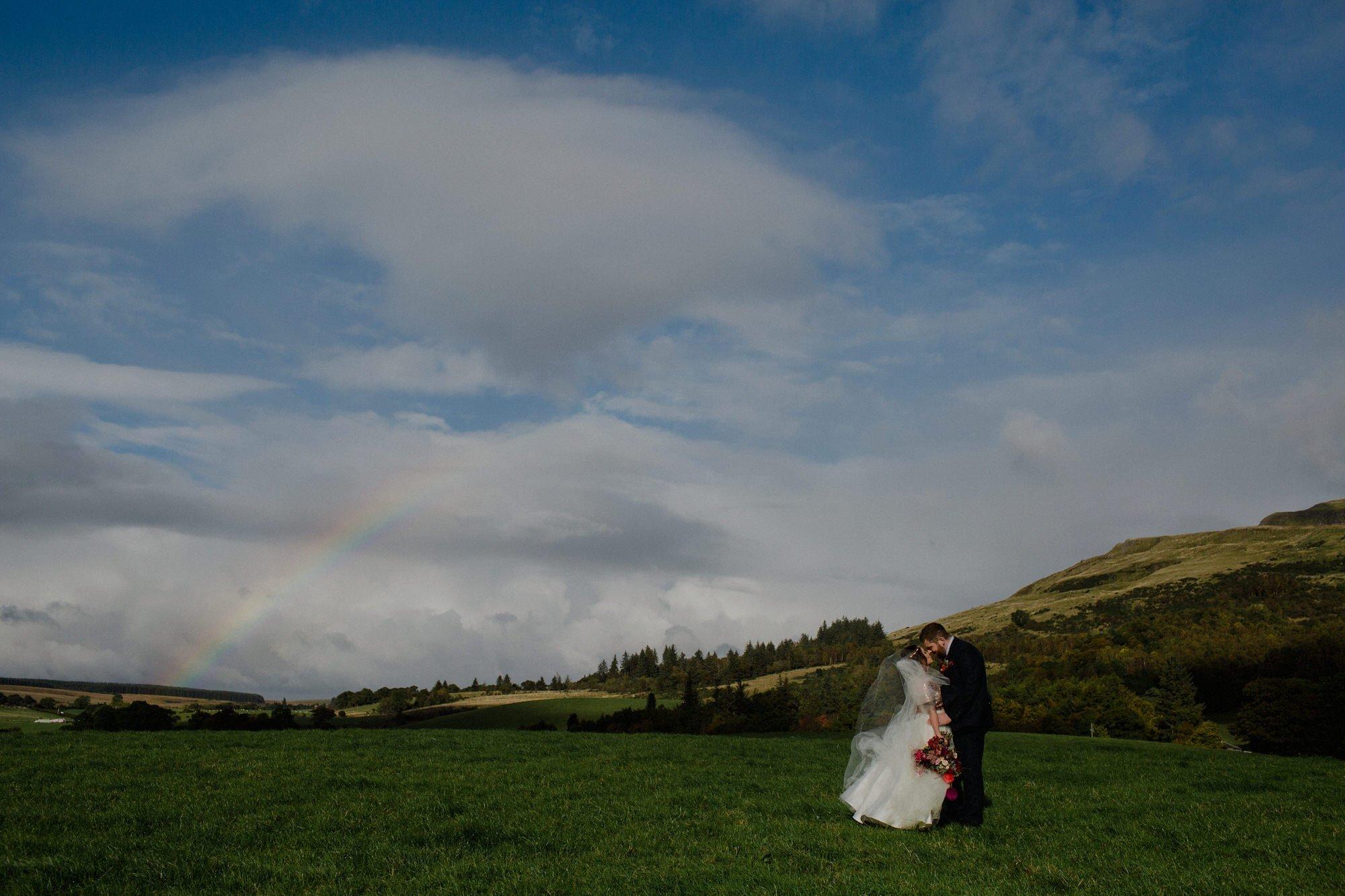 046 TIN SHED KNOCKRAICH FARM STIRLINGSHIRE WEDDING RAINBOW COUPLE ALTERNATIVE BRIDE ZOE ALEXANDRA PHOTOGRAPHY