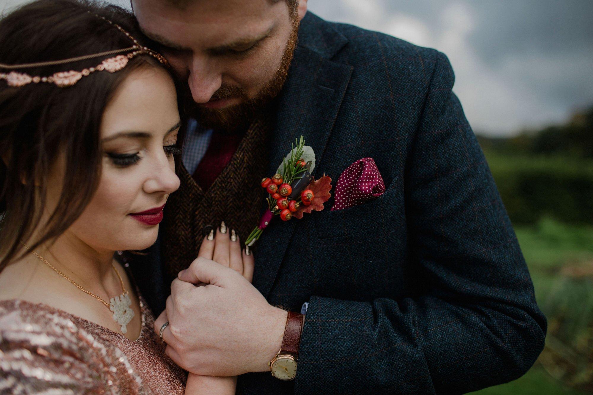 054 TIN SHED KNOCKRAICH FARM WEDDING ALTERNATIVE BRIDE ZOE ALEXANDRA PHOTOGRAPHY