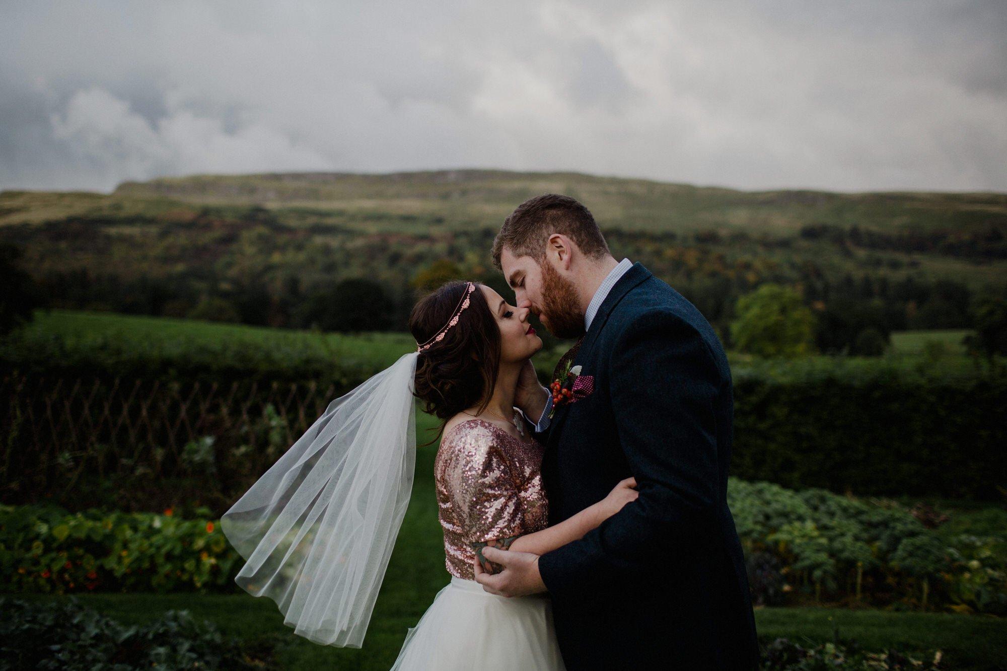 055 TIN SHED KNOCKRAICH FARM WEDDING ALTERNATIVE BRIDE ZOE ALEXANDRA PHOTOGRAPHY