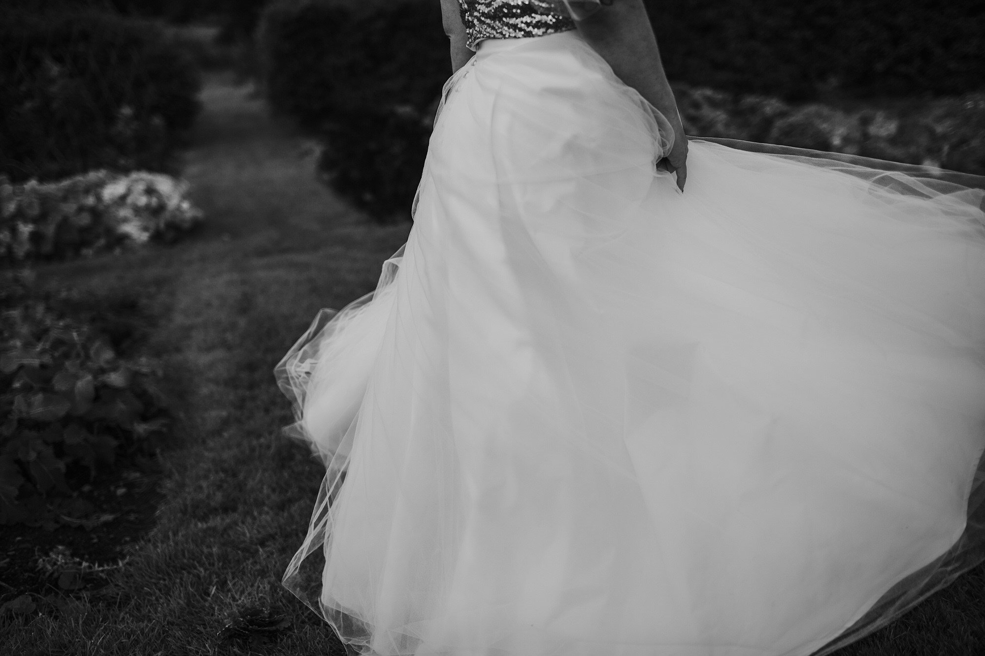 056 TIN SHED KNOCKRAICH FARM WEDDING ALTERNATIVE BRIDE ZOE ALEXANDRA PHOTOGRAPHY