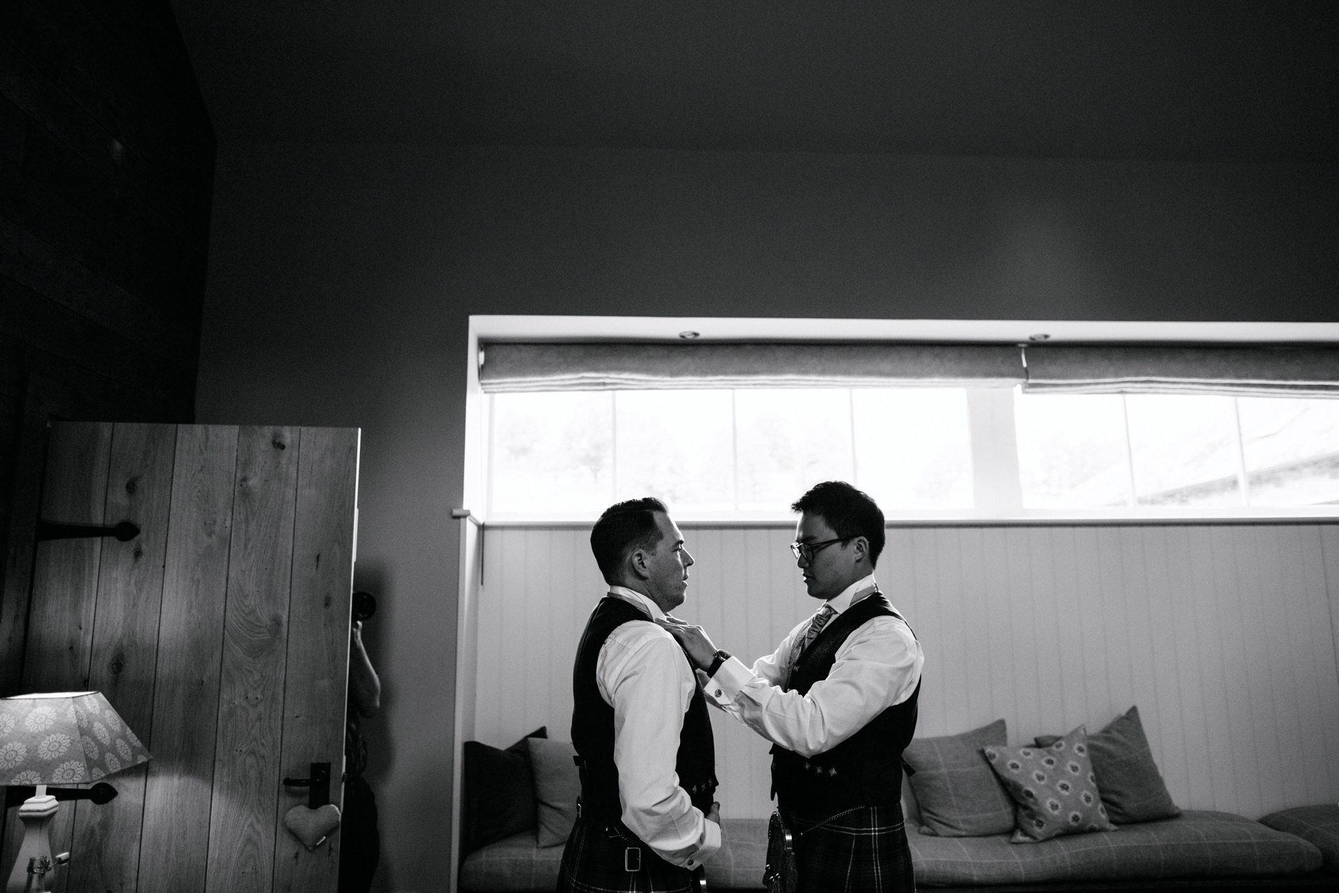 byre inchyra wedding couple getting Ready